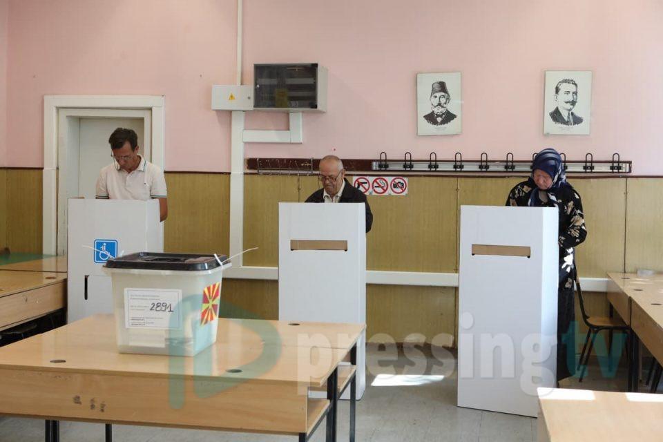 Откако Уставниот суд не поведе постапка за враќање на Собранието: Кој ќе ги распише изборите кога и да бидат?