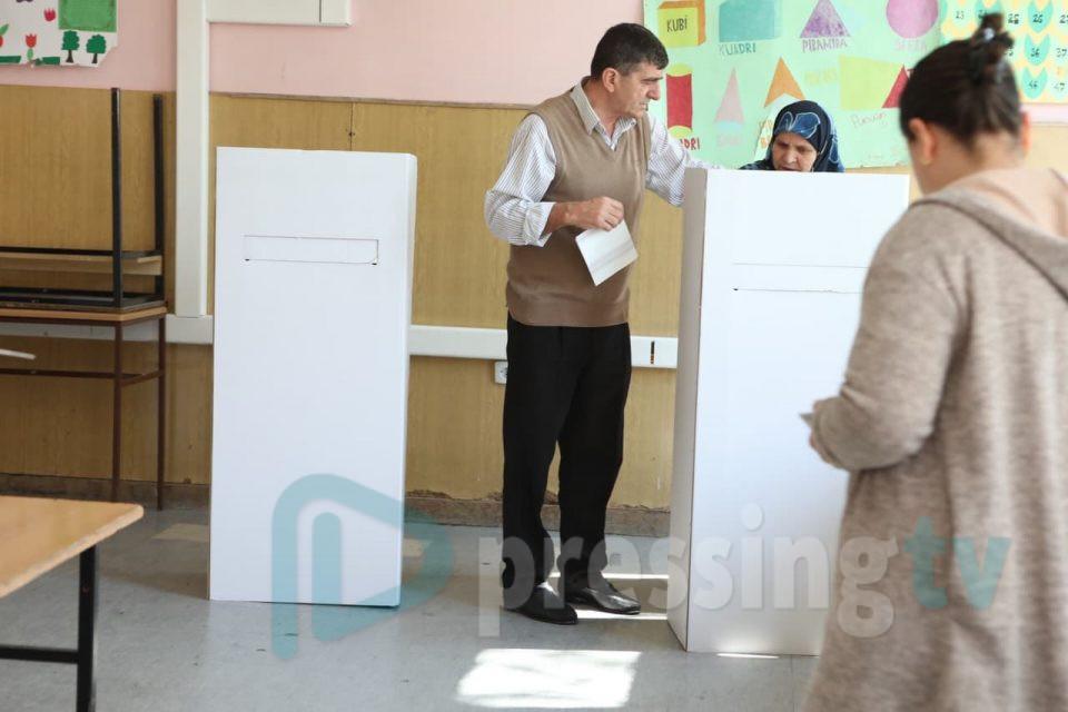 """Aнкета на """"Habeas Corpus"""": Граѓаните не сакаат брзи избори под маски"""