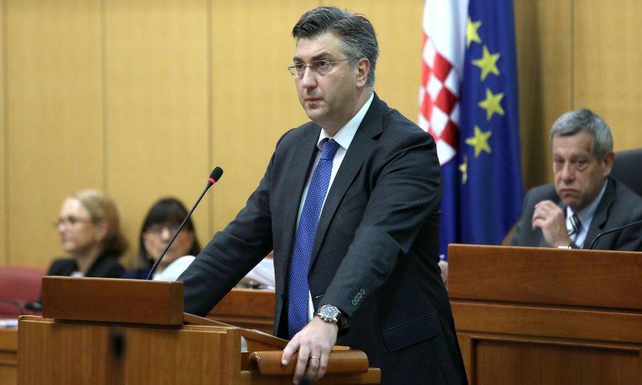 Пленковиќ: Изјавата на Тајани е апсолутно неприфатлива