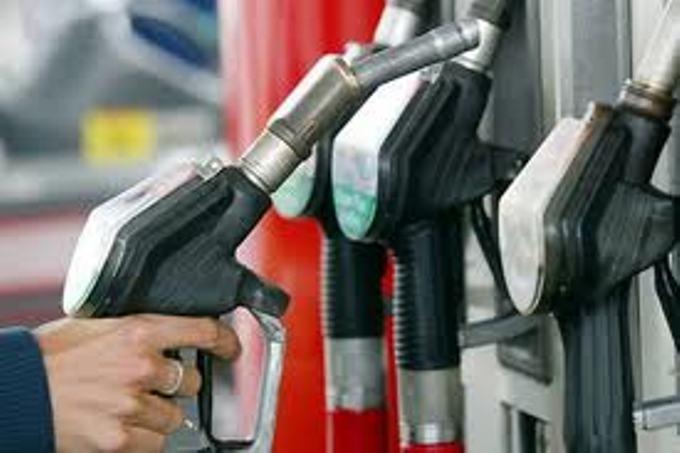 Бензините и дизелот поевтинуваат за 0,50 денари