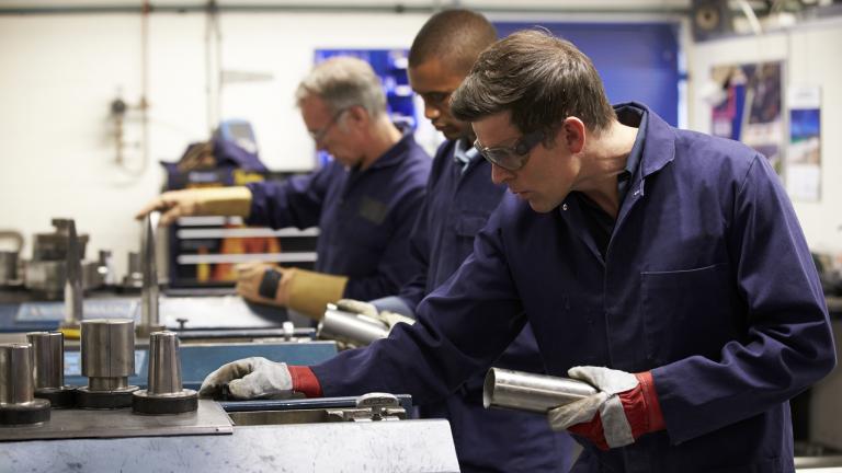 Производниот сектор бара квалификувана работна сила