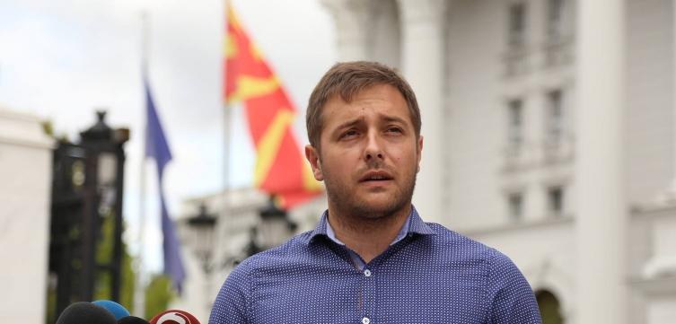 Арсовски: Барањето оставка од Димова е само театар, потребна е кривична одговорност