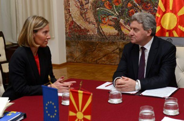 Иванов и порачал на Могерини: ЕУ и НАТО не смеат да бидат алиби за лош договор