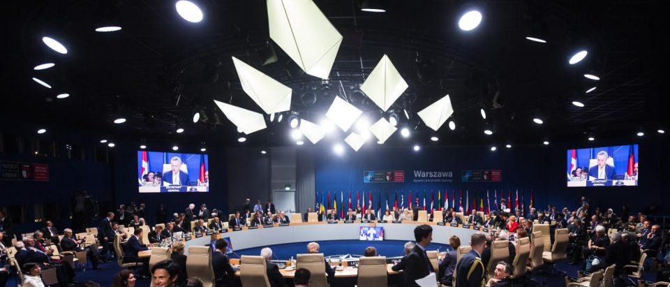 НАТО е труло одвнатре
