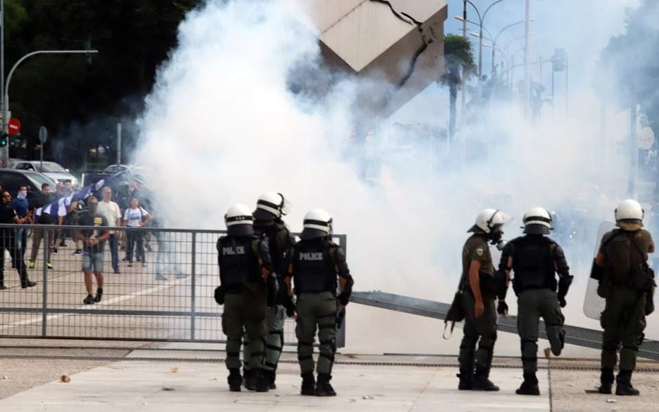 Сериозни инциденти во Солун