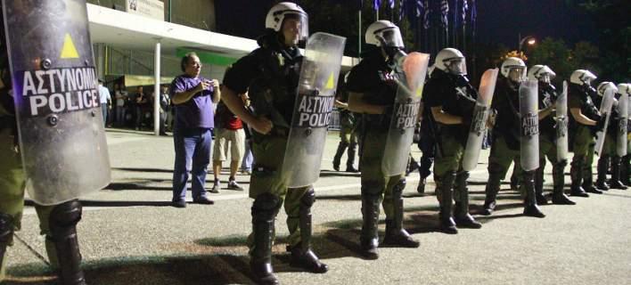"""Ципрас ќе говори за грчка """"Македонија"""", граѓаните на протест против Договорот"""