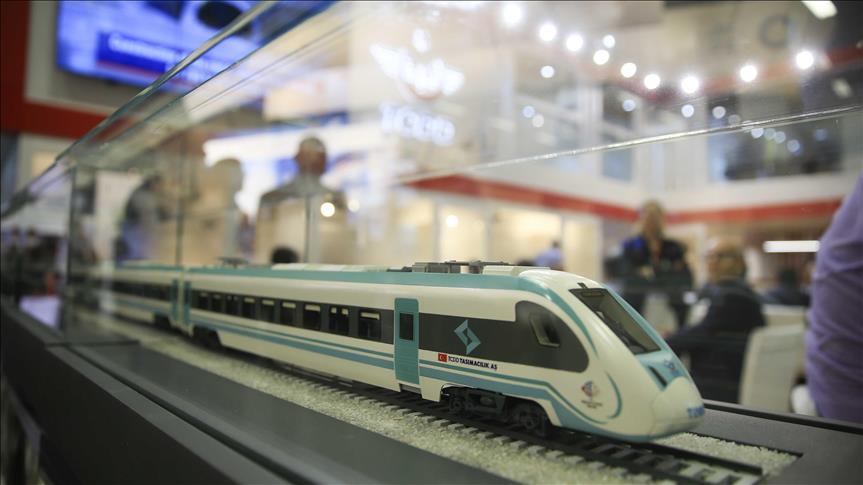 Турција претстави хибридна локомотива од сопствено производство