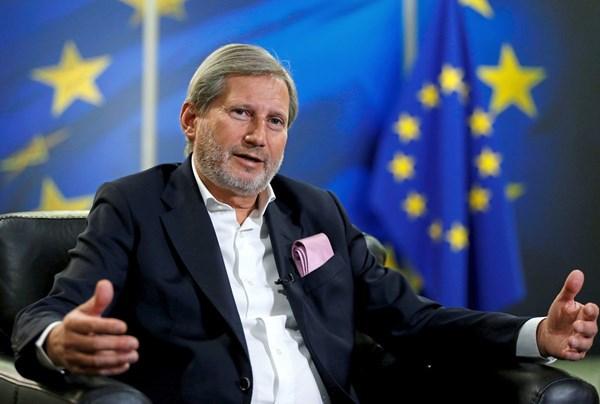 Хан го поздрави гласањето на Бундестагот за почеток на преговори со ЕУ во октомври