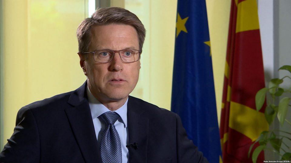 Жбогар: Нема гаранција за датум за преговори во Јуни