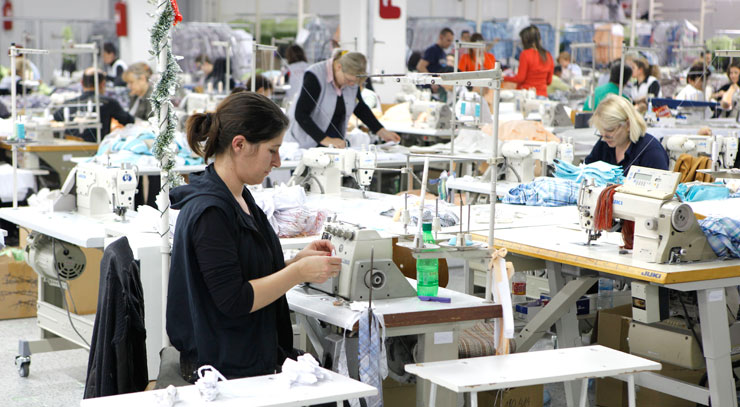 Близу 7.000 вработени не земале плата во февруари во очекување на државната помош