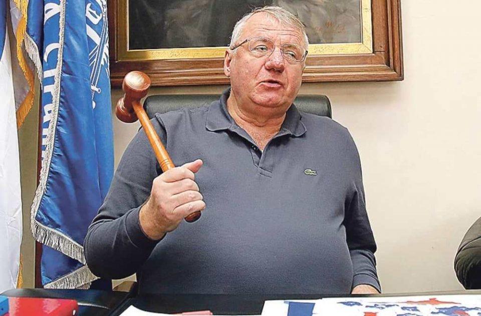 Шешељ: Во Црна Гора ниту еден Србин не може да се вработи во јавно претпријатие