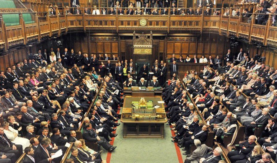 Британските пратеници по третпат ќе гласаат за договорот за Брегзит