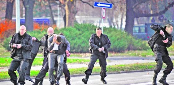 """Овие """"Кобри"""" се задолжени за животот на претседателот Вучиќ (ВИДЕО)"""