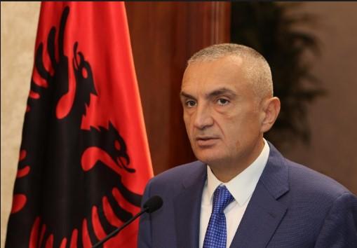 Уставни ограничувања за импичмент на албанскиот претседател