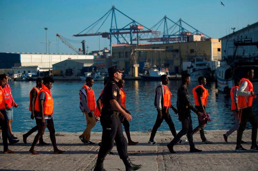 Шпанските власти за еден ден спасиле речиси 800 мигранти во Медитеранот
