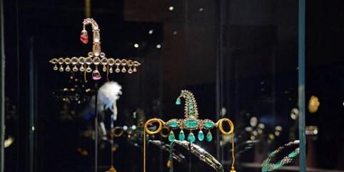 Како беа украдени скапоцените камења на шеикот (ВИДЕО)