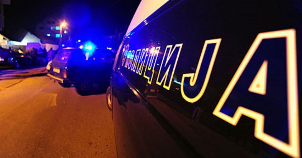 Драма во Скопје: Едниот син направил сообраќајка, а таткото со другите двајца синови се тепал со полиција