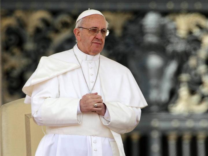 Папата се помоли за семејствата лишени од мир и хармонија