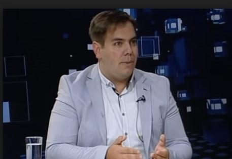 Трајковски не сака да коментира за фотографијата со Груевски во Будимпешта