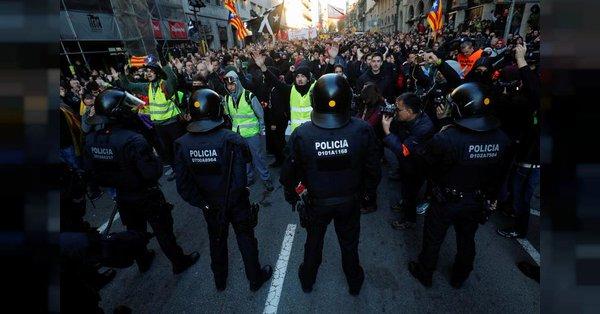 Петнаесетина повредени во протестите во Барселона