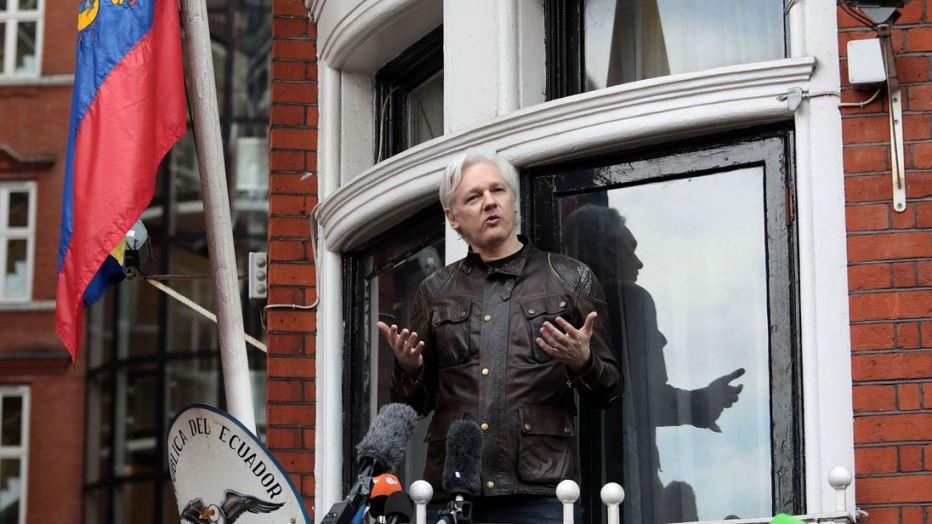 Еквадор: Лондон даде доволно гаранции за Асанж да ја напушти Амбасадата