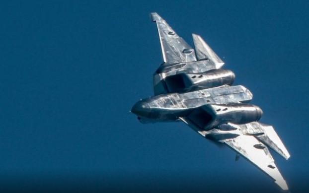 Тест пилотот ги откри тајните на рускиот ѕвер (ВИДЕО)