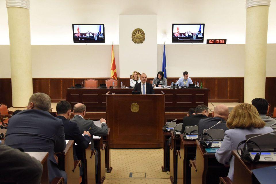 Тевдовски: Со Буџетот за 2019 ја подобруваме состојбата во здравството