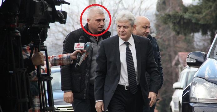 """Приведен шоферот на Али Ахмети, """"Алфите"""" му поставиле зaceдa"""