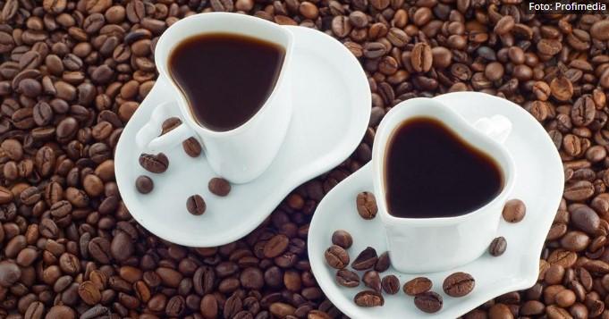 Угостителите бараат секој слободно да може да седне на кафе