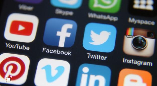 Собрани од Фејсбук и Твитер: Хакирани податоци на 1,2 милијарди корисници