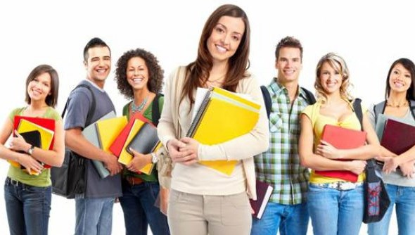 Истражување: Младите во Македонија сакаат државна работа бидејќи е сигурна и има слободно време