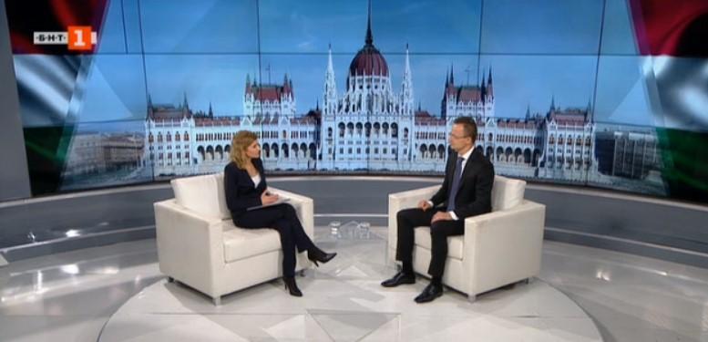 Хан нека си ја гледа работата, Груевски е правно, а не политичко прашање