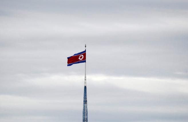 Пјонгјанг: Нема разговори меѓу двете Кореи додека има воени вежби