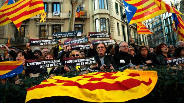 Протест во Барселона за ослободување на обвинетите за обидот за отцепување на Каталонија