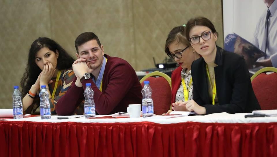 Одблиску со Школата за млади лидери 2019 на претседателот Иванов(видео)