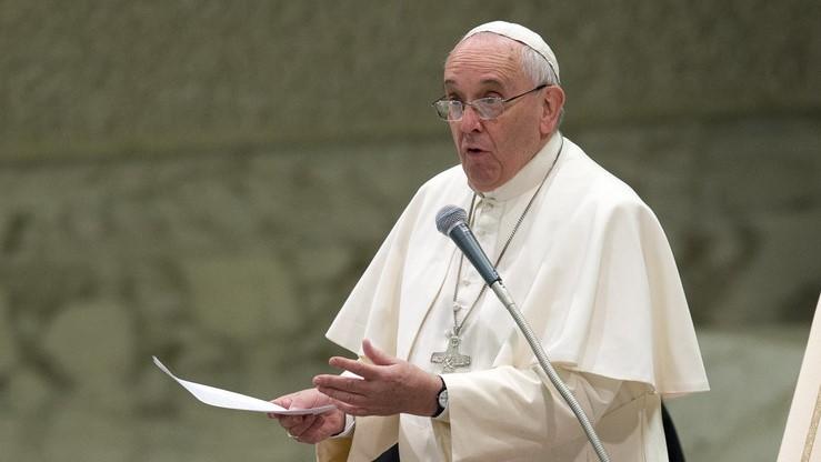 Папата донесе нов закон за сексуално злоставување