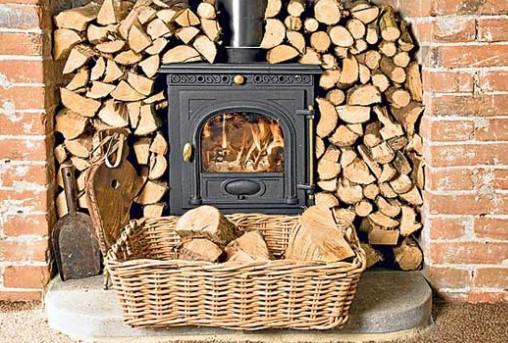 Макрадули: Koj сака инвертер клима да ја врати печката на дрва