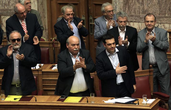 Грчкиот парламент в петок го гласа Протоколот за НАТО