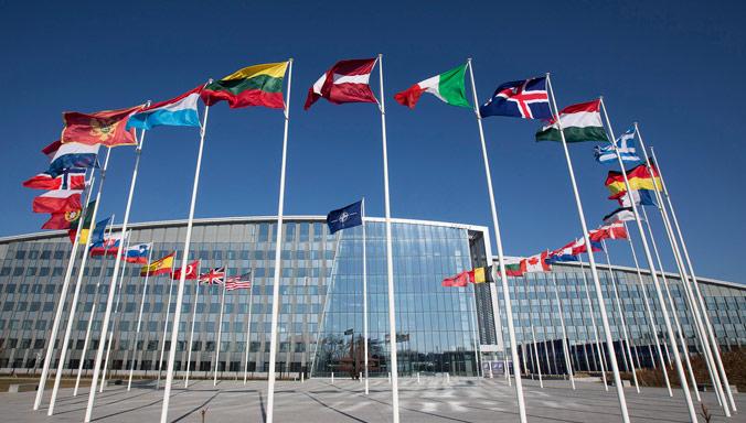 Членките на НАТО ќе издвојат дополнителни сто милијарди долари за одбрана