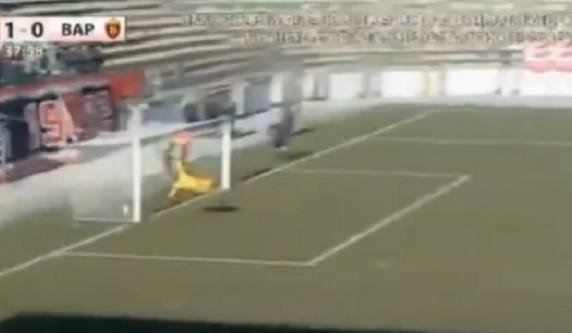 Вардар оштетен во Тетово: Целата топка влезе во голот (ФОТО)