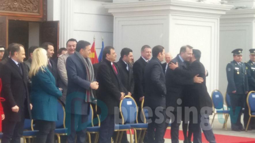 Aли Ахмети не дојде на кревањето на знамето на НАТО (ФОТО)