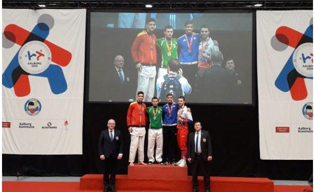 Спасеновски и Османи се закитија со злато на младинското првенство во карате