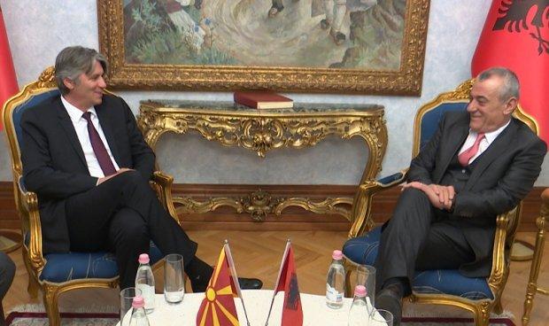 Села во Тирана – правата на Албанците во Северна Македонија топ тема
