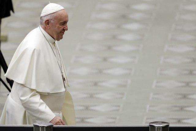 Папата Франциск го расчини поранешниот кардинал Мекарик поради сексуално злоупотребување