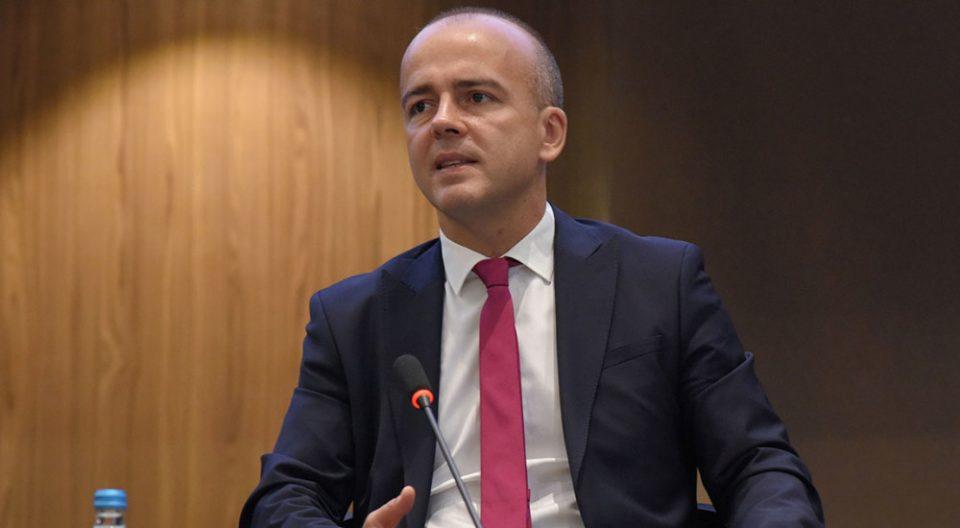 Tевдовски: Стабилизиран јавниот долг