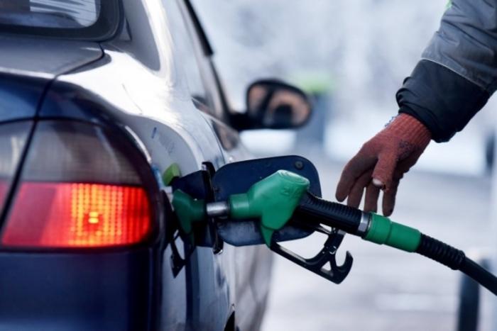 Поскапуваат бензините, пониска цена на дизелот