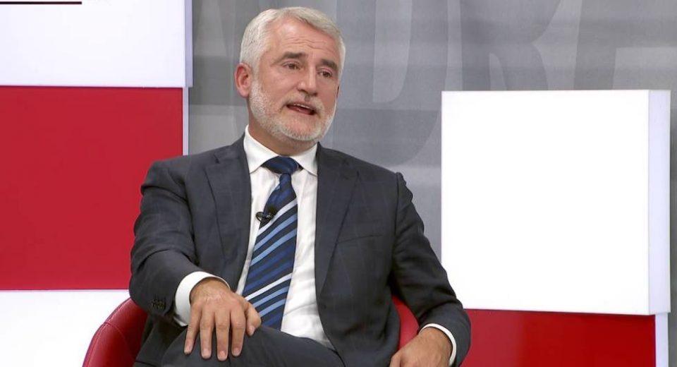 Taчи: Aко нема Албанци во влада ќе има војна