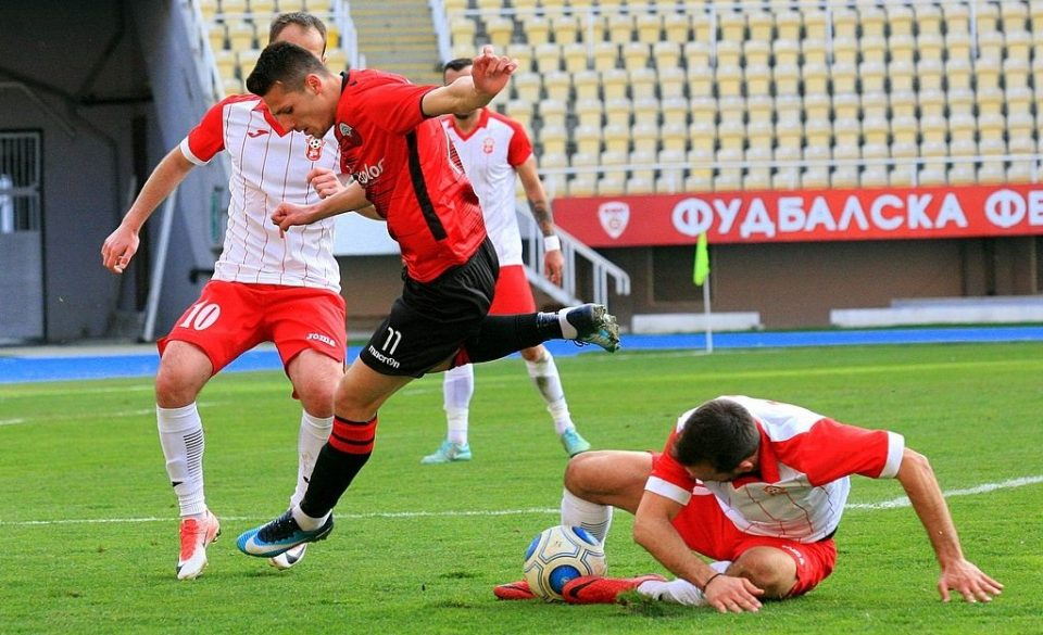 Арена ги откупи правата: Домашен фудбал на телевизија