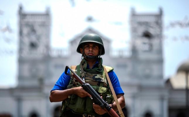 Британија и САД ги советуваат своите државјани да не патуваат во Шри Ланка