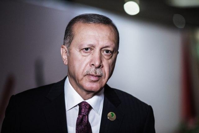 Ердоган најави пресметка со луѓето од својата партија
